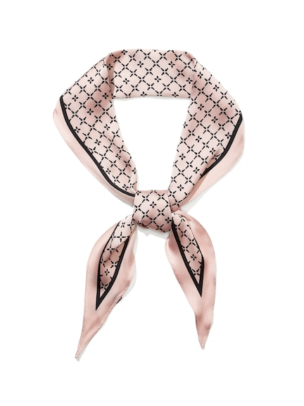 Filigree Diamond Neckerchief